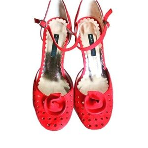 MARC JACOBS Red Suede Perforated Heels 8.5